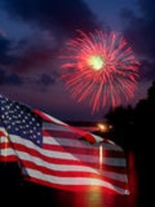 fireworks-american-flag-16565984.jpg 2